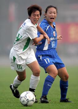图文:上海女足夺女超冠军