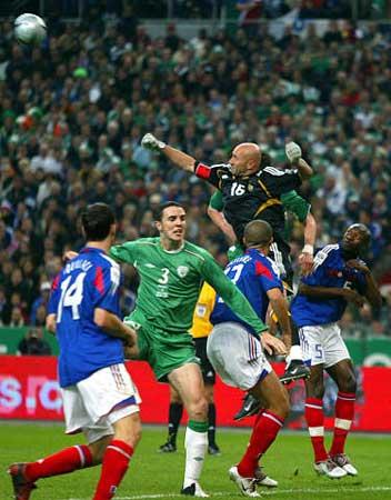 图文:法国主场0-0战平爱尔兰