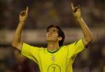 图文:巴西客场5-2大胜委内瑞拉 卡卡庆祝进球