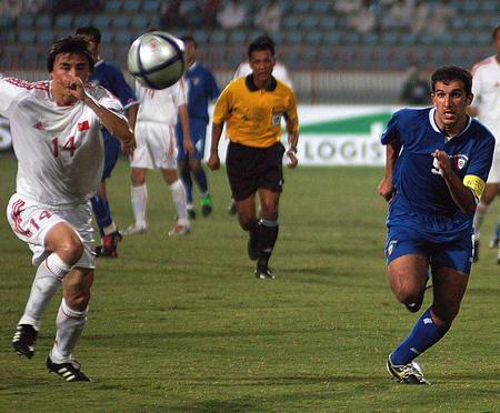 [体育](2)足球�D�D中国队负于科威特队