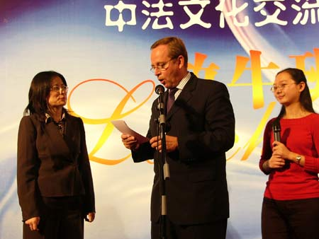 图文:《放牛班的春天》上海首映仪式-8