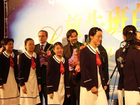 图文:《放牛班的春天》上海首映仪式-2