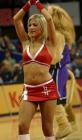 图文:NBA中国赛火箭美女热力四射 挥手致意