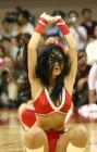 图文:NBA中国赛火箭美女热力四射 秀发遮面