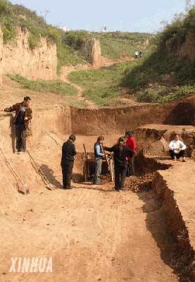 新中国最大考古发现周公庙墓葬群正式发掘(图