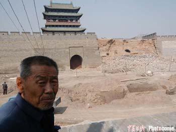 山西世界文化遗产平遥古城墙突然坍塌(组图)