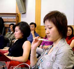 全球资讯_央视全球资讯榜开播1周年 生日研讨会别开生面-搜狐财经
