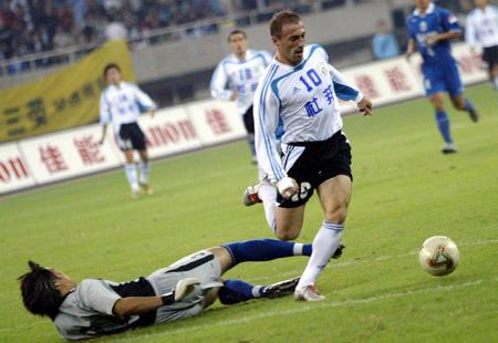 图文:国际4-0胜大连