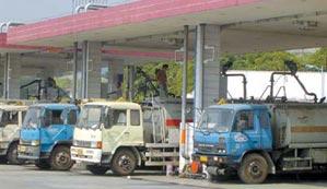 中石化中石油表态:广州车主买油不限量
