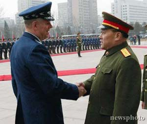 中国军方高层做客五角大楼 对台军售是会谈重点