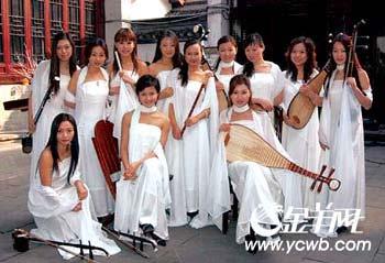 二胡演奏家闵惠芬:女子十二乐坊丢了民乐神韵