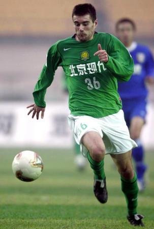 [体育](2)足球�D�D中超联赛:北京现代击败上海申花