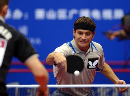 举行的2004世界杯乒乓球男单1/4决赛中,以4比1的比分战胜奥地利
