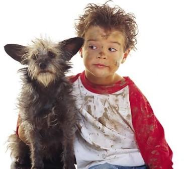 [搞笑]儿童和狗狗 哪对最相似?