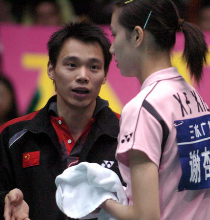 中国羽毛球奥运明星挑战赛 为谢杏芳指导