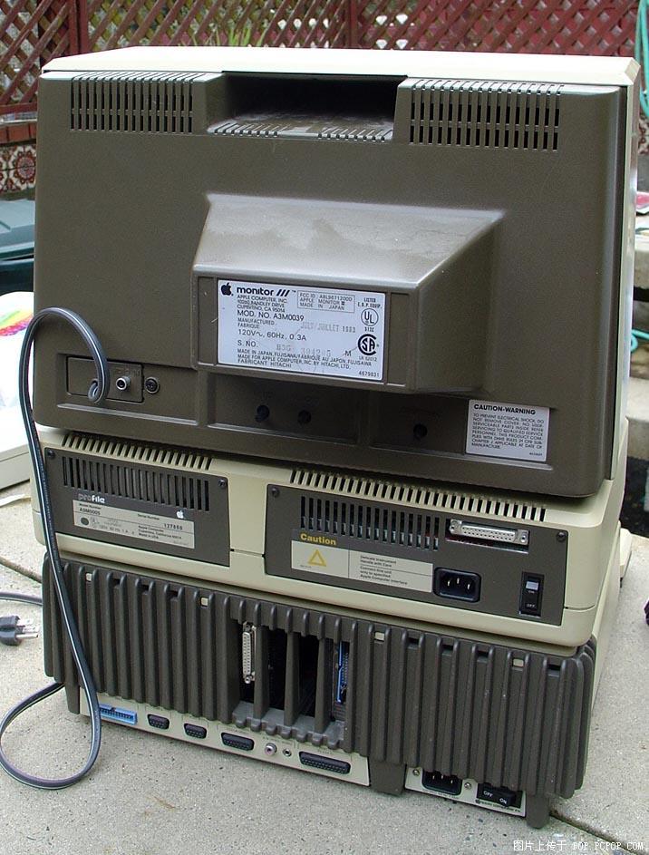 Ⅲ     中央处理器:  synertek  6502a  中央处理器速度:2  mhz