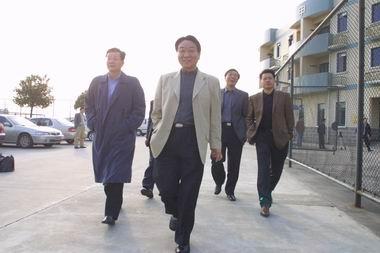 申花班组亮相康桥(图)