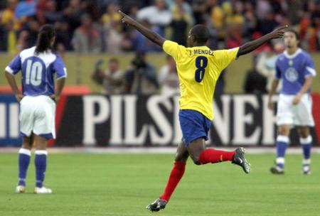 [体育](4)足球�D�D巴西爆冷预选赛不敌厄瓜多尔