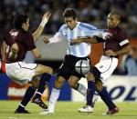 图文:阿根廷主场3-2胜委内瑞拉 德尔加多突破