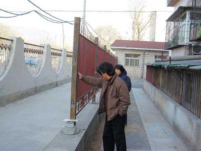 欧式窗台栅栏图片