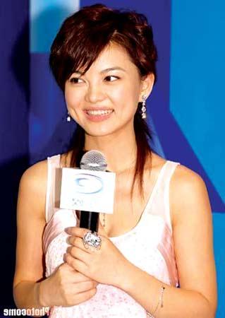 《李湘星运动》遭批评 第一次单飞不成功(图)