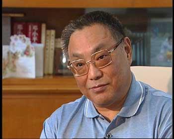 面对面:邓朴方--弘扬人道主义(组图)-搜狐新闻