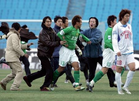 图文:北京现代4-1重庆力帆