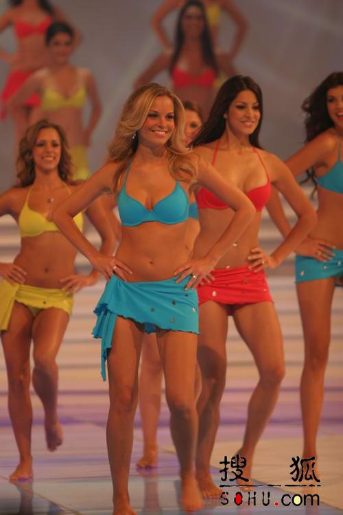 图文:第54届世界小姐选举总决赛-现场走秀5