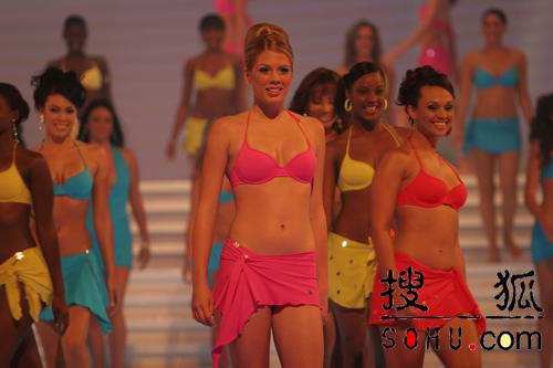 图文:第54届世界小姐选举总决赛-现场走秀3