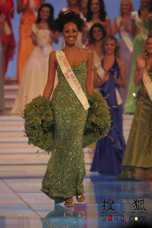 图文:沙滩小姐奖获得者美国小姐-2