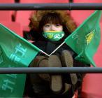 图文:中超22轮现代4-1力帆 北京球迷观看比赛