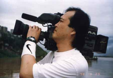 CCTV《东方时空》:摄像成员介绍