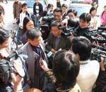 黄静案受到媒体的广泛关注