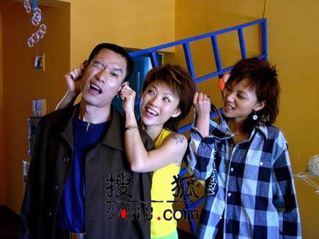 蓝狐组合电视剧_《蓝狐》紧张排练蓝狐组合 顶住压力拍重头戏-搜狐娱乐频道
