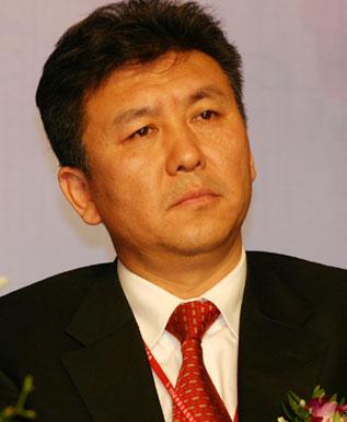 图:东软集团有限公司董事长刘积仁