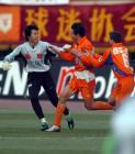 中超杯-鲁能2-0完胜健力宝 山东中超杯成功封王