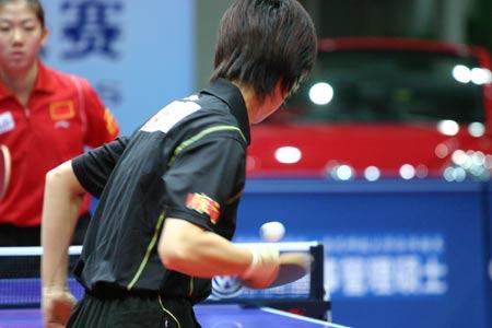 图文:乒联总决赛女双决赛