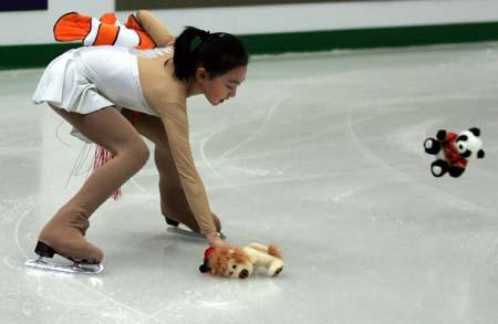 俄罗斯冰王子普留申科以一套美伦美奂的表演征服了