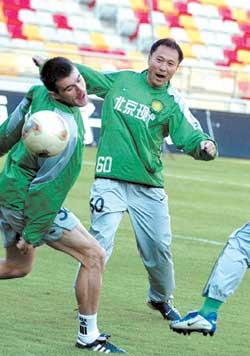 沈祥福周四挂帅北京现代 球员调整是首要工作