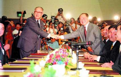 1991年至1996年期间负责协助辜振甫工作,与其有了很多工作和私人交往.