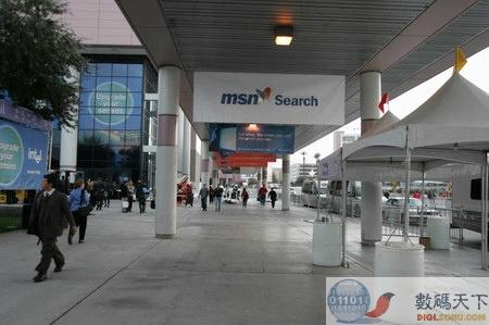 CES现场报道:MSN的户外广告
