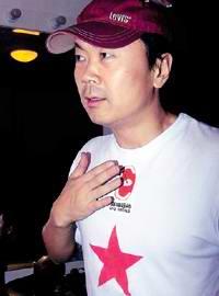 崔健看好网络音乐歌手 批春晚假唱对不起观众