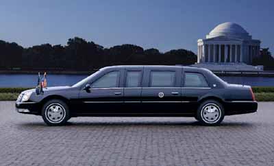 新任美国总统座驾:2006款凯迪拉克DTS