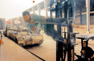 美国30吨泰勒叉车启动电路图