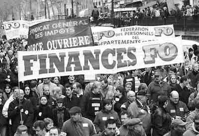 法国民众举行大罢工反对政府多项改革计划(图)