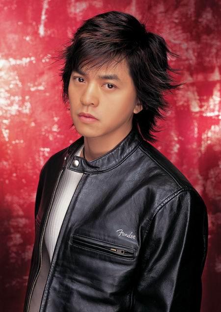 组图:歌手李健精美写真