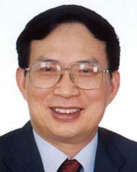 黄丽满当选广东省人大常委会主任 陈坚为副主任