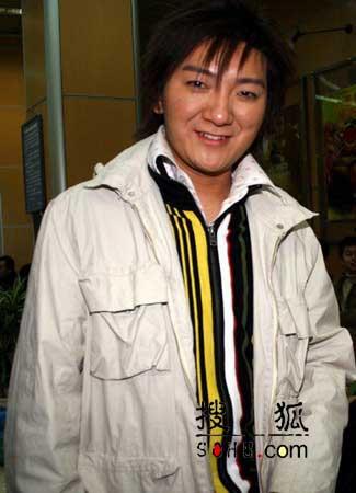 图文:2005年春晚第四次彩排 现场星光灿烂-5