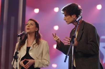 图文:法国李霁霞和朱利安相声《绕口令》