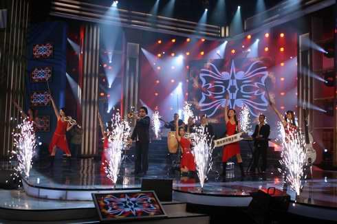 图文:2005年复赛场景―开场曲2